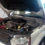 Landrover discovery being worked on