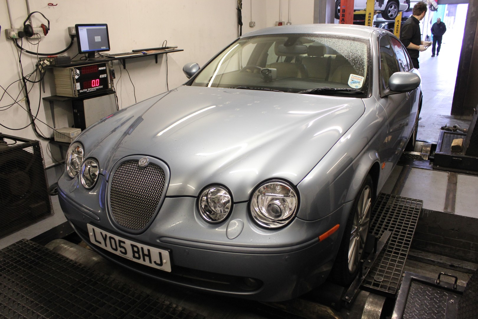 Jaguar S Type turbo cleaner