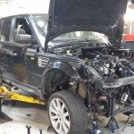 range-rover-replace-turbos-body-removal (1)
