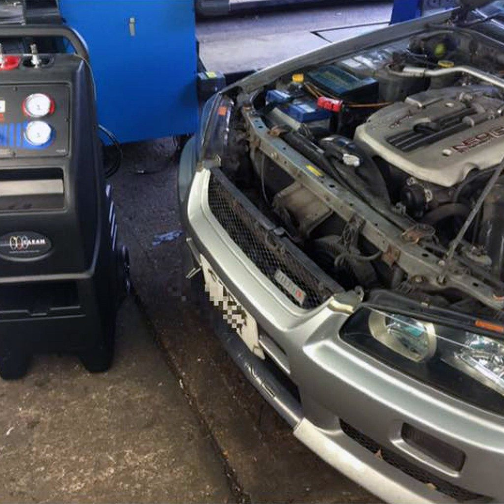 Nissan Skyline R34 GTT Headlight restoration and Terraclean