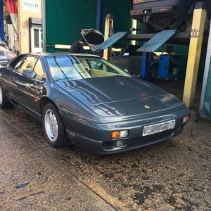 lotus esprit 2.2 turbo engine rebuild