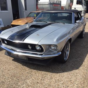 classic ford mustang carburettor tune up