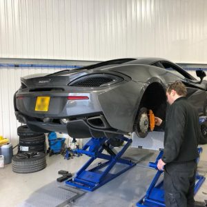 mclaren-540c-rear-brake-pad-upgrade (1)