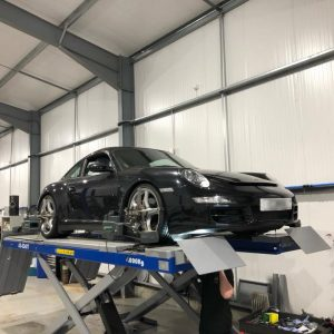 porsche-911-carrera4s-hr-suspension-upgrade (1)